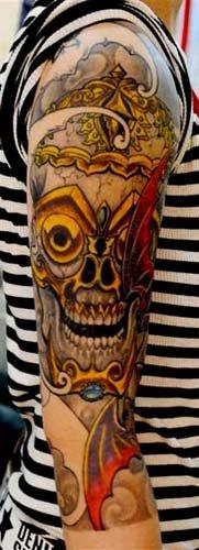 做为佛教法器衍变过来的纹身图案,自然就给了人们一种神圣,并且有一